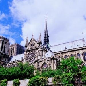 法国留学一年的费用要多少