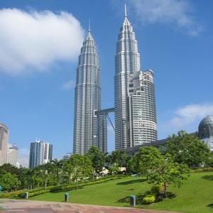 马来西亚留学 政府推出一系列对中国留学生的优惠政策