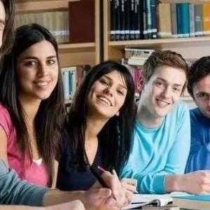 哪些学生适合出国留学