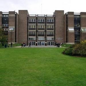 专科生申请英国商科专业可以选哪些院校