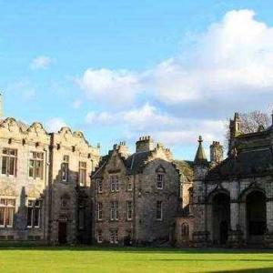 英国留学要读预科可以选择哪些院校