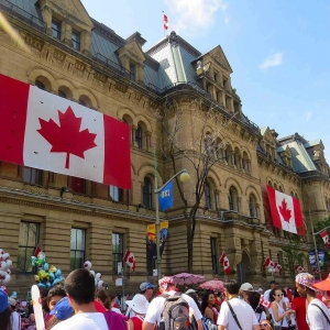 怎么申请加拿大留学?最全攻略助你一步到位