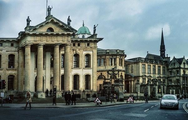 英国留学名校推荐之牛津大学