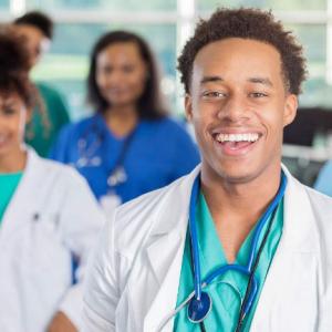 学费高昂但回报极高的美国医学院申请条件