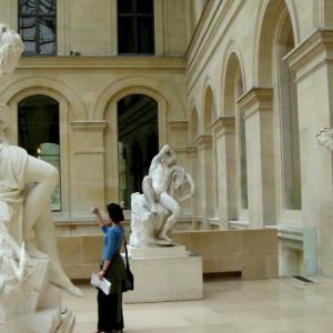 解析法国留学艺术文化管理专业