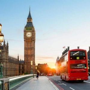 英国高校将引入两年本科制度