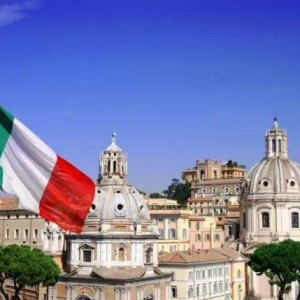 英语专业去意大利留学该如何选择?