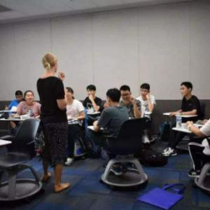 留学生:最大挑战是尽快找到合适学习方式