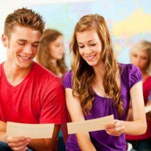 高中生想要去英国留学,有哪些途径??