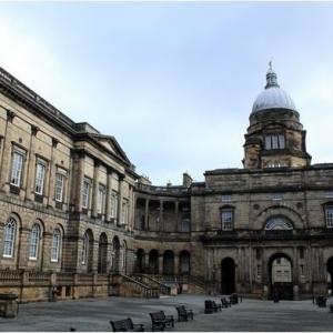 2020年英国爱丁堡大学申请标准