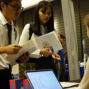 如何根据高考分数选择海外院校