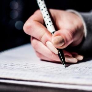 加拿大本科留学申请简历如何写?