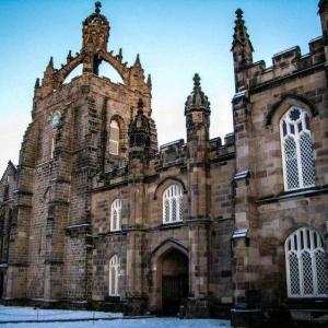 英国阿伯丁大学接受高考成绩申请