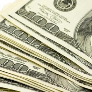 人民币对美元汇率破7  留学生们如何应对