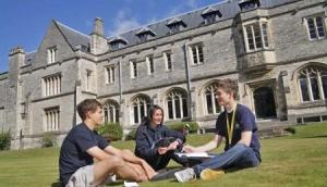 2020年英国留学申请规划
