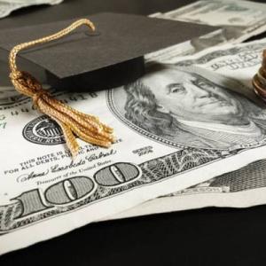 最新美国留学一年住宿费用