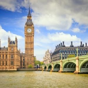 高考失利还能申请英国留学吗