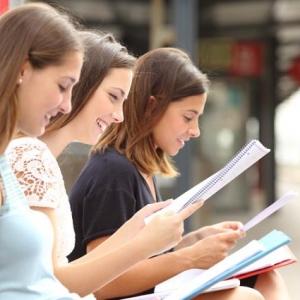 新加坡留学热门高薪专业推荐