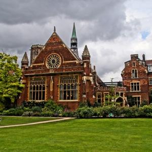 英国留学含金量最高的六大专业