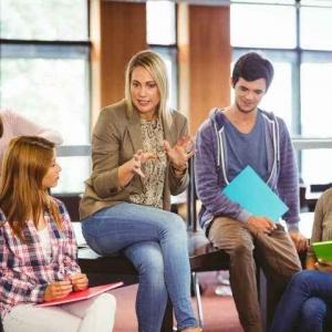 2021年法国留学有哪些高商项目