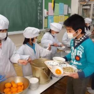 日本�W校的�食教育:�男∨囵B��s��T