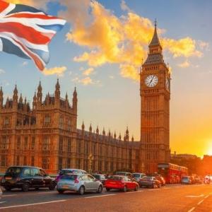 英国留学:2021不仅要减免学费,还要降低录取标准!