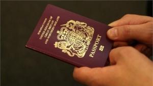 迟到的赴英签证:近千名留学生行程延误